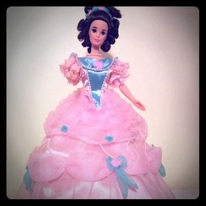 1994 Southern Belle Barbie of the 1850's